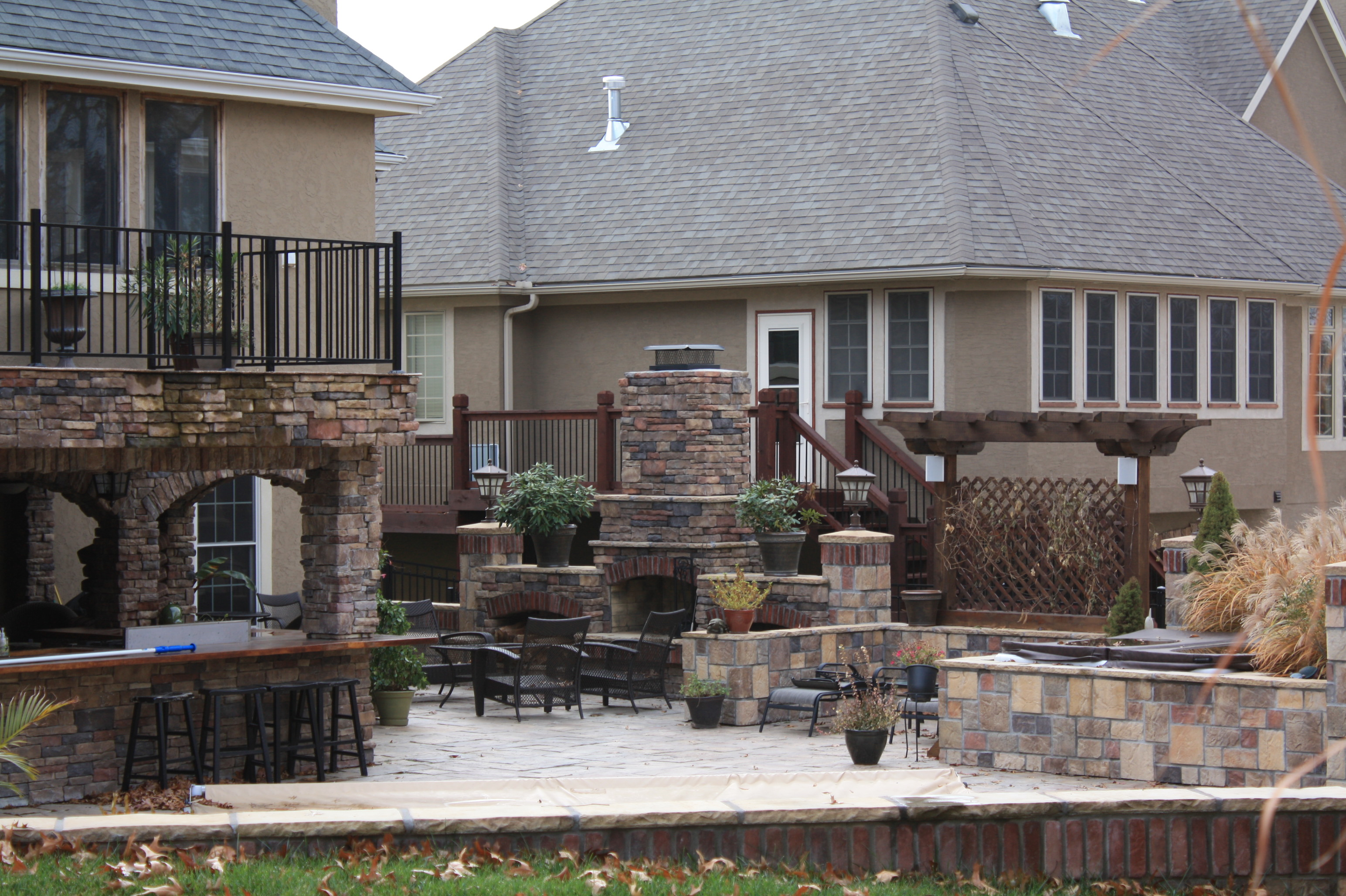 Outdoor Living Wildscapes LLC